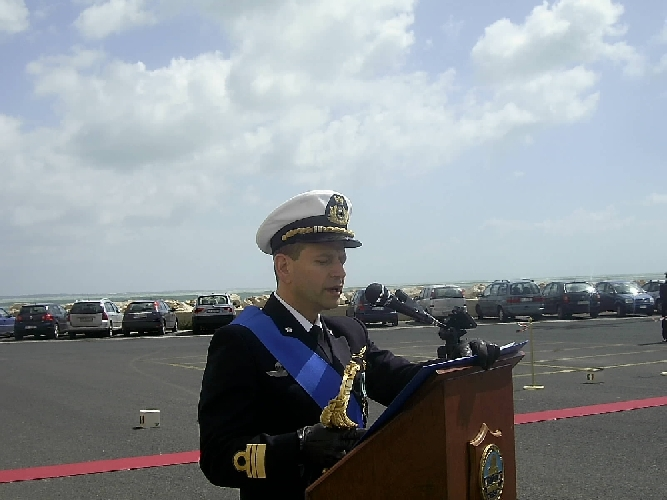 https://www.ragusanews.com//immagini_articoli/26-03-2014/pantano-nuovo-comandante-della-capitaneria-500.jpg