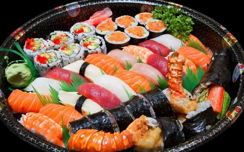 http://www.ragusanews.com//immagini_articoli/26-03-2017/sushi-domicilio-500.jpg