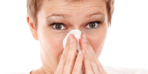 https://www.ragusanews.com//immagini_articoli/26-03-2020/distinguere-un-raffreddore-da-influenza-coronavirus-240.jpg