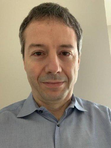 https://www.ragusanews.com//immagini_articoli/26-03-2020/uno-scienziato-di-vittoria-sta-testando-il-vaccino-il-coronavirus-500.jpg
