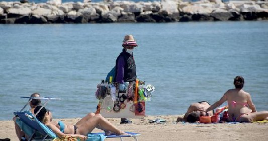 https://www.ragusanews.com//immagini_articoli/26-03-2021/covid-sicilia-vaccini-in-chiesa-a-pasqua-e-in-spiaggia-d-estate-280.jpg