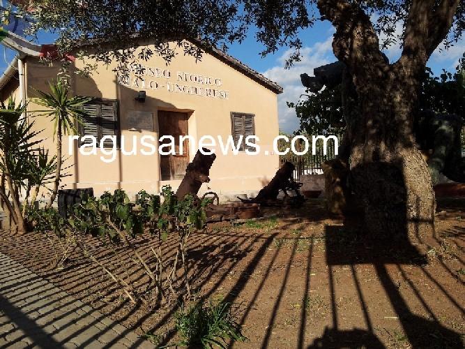 http://www.ragusanews.com//immagini_articoli/26-04-2014/il-museo-italo-ungherese-abbandonato-500.jpg