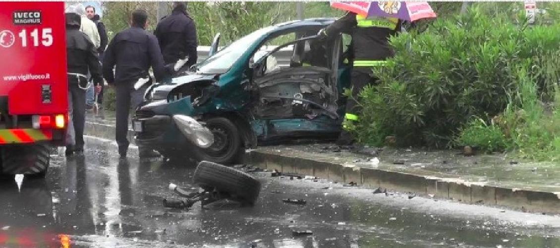 https://www.ragusanews.com//immagini_articoli/26-04-2014/secondo-incidente-mortale-in-via-la-pira-in-un-mese-500.jpg
