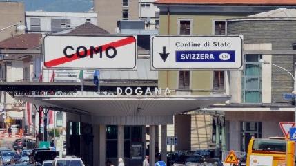 http://www.ragusanews.com//immagini_articoli/26-04-2017/stato-arrestato-siracusa-voleva-passare-frontiera-fermato-240.jpg
