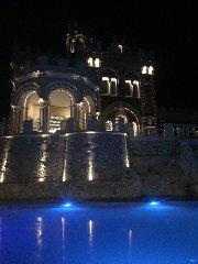 https://www.ragusanews.com//immagini_articoli/26-04-2018/metti-sera-cena-castello-240.jpg