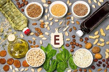 https://www.ragusanews.com//immagini_articoli/26-04-2019/dieta-perche-la-vitamina-e-non-deve-mai-mancare-240.jpg