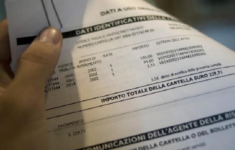 https://www.ragusanews.com//immagini_articoli/26-04-2020/cartelle-fiscali-rinvio-fino-a-settembre-500.jpg