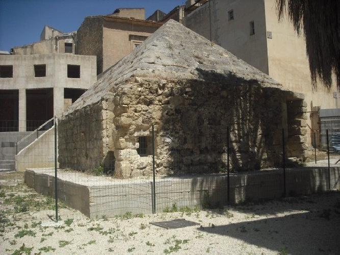 https://www.ragusanews.com//immagini_articoli/26-05-2014/museo-zarino-sottoscritta-la-convenzione-500.jpg