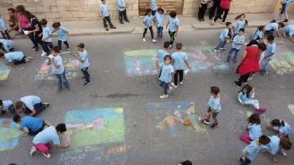 http://www.ragusanews.com//immagini_articoli/26-05-2015/messa-in-sicurezza-la-scuola-monserrato-240.jpg