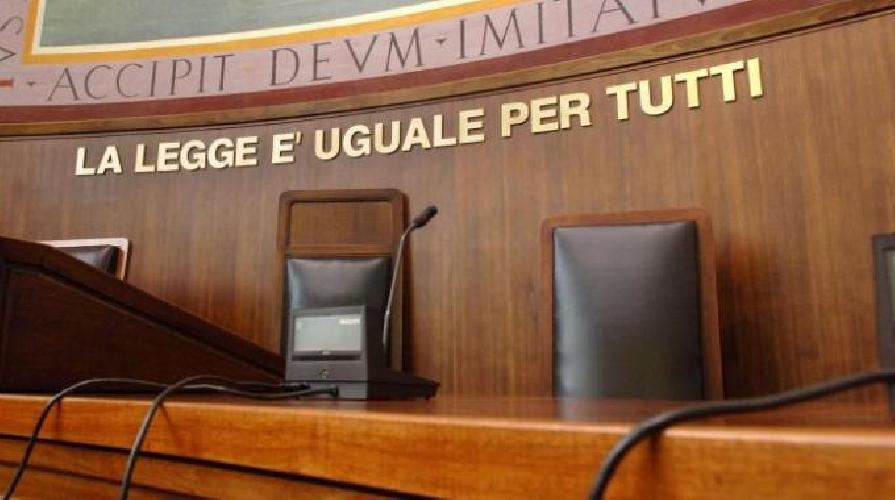 http://www.ragusanews.com//immagini_articoli/26-05-2016/lite-finita-nel-sangue-giarratanese-condannato-a-21-anni-500.jpg