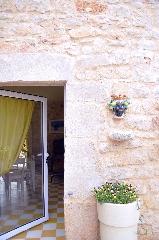 https://www.ragusanews.com//immagini_articoli/26-05-2017/1495817487-casa-farlisa-vacanze-masseria-1-240.jpg