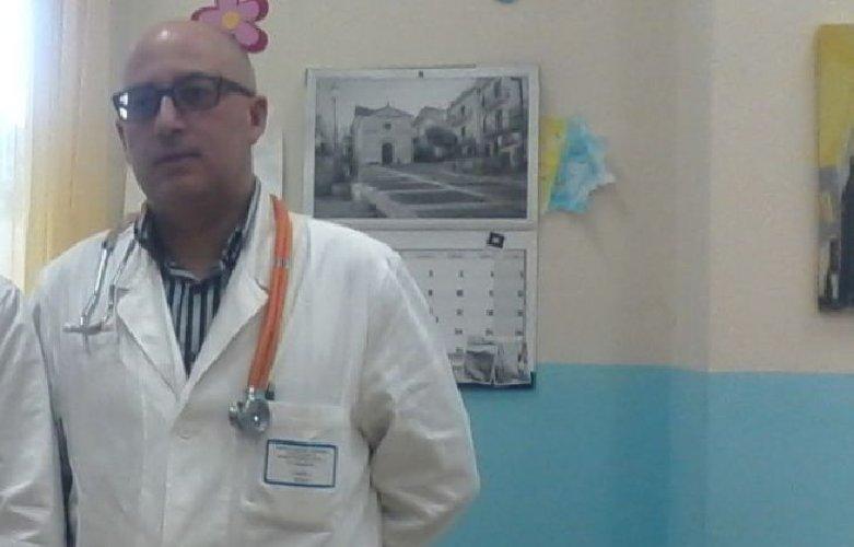 https://www.ragusanews.com//immagini_articoli/26-06-2018/medico-muore-madre-rinuncia-veglia-curare-pazienti-500.jpg