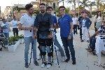 https://www.ragusanews.com//immagini_articoli/26-06-2019/grazie-all-esoscheletro-dopo-13-anni-andrea-a-camminare-video-100.jpg