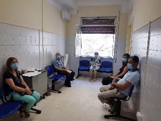 https://www.ragusanews.com//immagini_articoli/26-06-2020/inaugurata-la-reumatologia-al-busacca-240.jpg