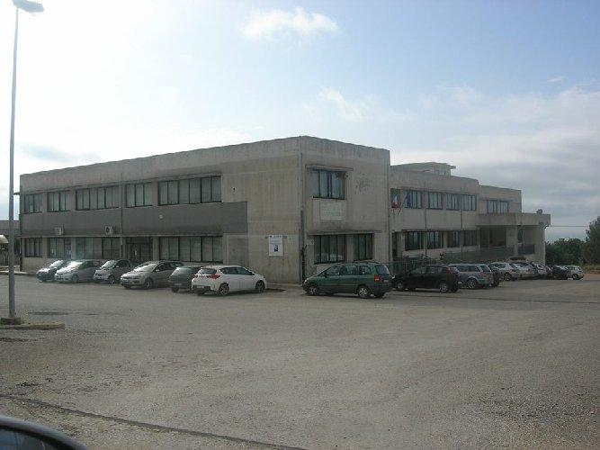 https://www.ragusanews.com//immagini_articoli/26-07-2019/all-itas-di-scicli-un-corso-in-enogastronomia-e-ospitalita-alberghiera-500.jpg