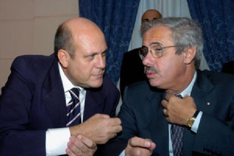 https://www.ragusanews.com//immagini_articoli/26-09-2011/118-le-responsabilita-dell-assessore-regionale-massimo-russo-500.jpg