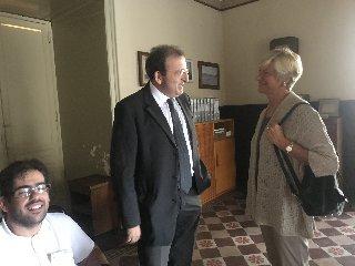 https://www.ragusanews.com//immagini_articoli/26-09-2018/ministro-difesa-roberta-pinotti-scicli-240.jpg