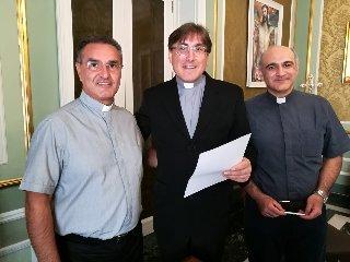 https://www.ragusanews.com//immagini_articoli/26-09-2018/robert-dynerowicz-incardinato-clero-diocesi-240.jpg