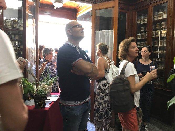 https://www.ragusanews.com//immagini_articoli/26-09-2019/giornata-nazionale-dei-piccoli-musei-all-antica-farmacia-500.jpg