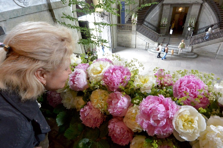 https://www.ragusanews.com//immagini_articoli/26-09-2021/nata-senza-olfatto-a-24-anni-sente-gli-odori-500.jpg