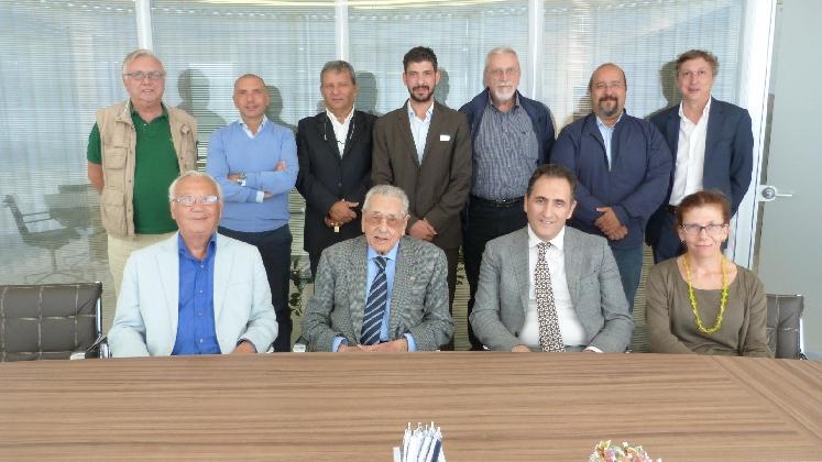 http://www.ragusanews.com//immagini_articoli/26-10-2016/pmi-sicilia-umberto-terenghi-confermato-alla-presidenza-420.jpg