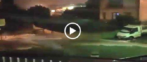 https://www.ragusanews.com//immagini_articoli/26-10-2019/video-alluvione-a-ispica-240.jpg