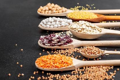https://www.ragusanews.com//immagini_articoli/26-10-2021/dieta-dei-legumi-come-funziona-schema-settimanale-per-perdere-peso-280.jpg