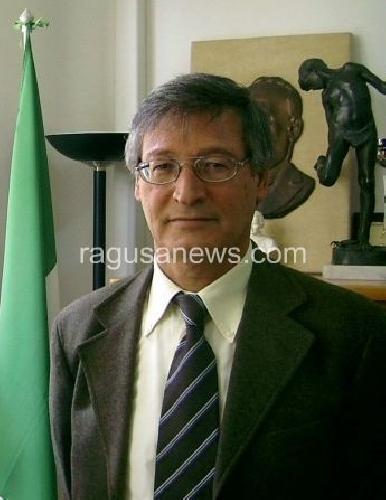 https://www.ragusanews.com//immagini_articoli/26-11-2011/gita-vietata-a-disabili-i-docenti-ingiusti-i-pregiudizi-contro-il-preside-500.jpg