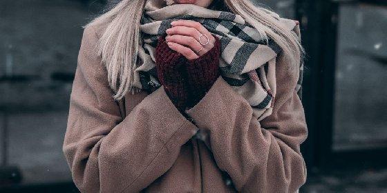 https://www.ragusanews.com//immagini_articoli/26-11-2020/1606417100-giacche-e-cappotti-donna-con-gli-sconti-del-black-friday-2020-5-280.jpg