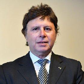 https://www.ragusanews.com//immagini_articoli/26-11-2020/gambuzza-uno-dei-tre-nuovi-vicepresidenti-nazionali-di-confagricoltura-280.jpg