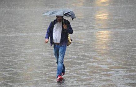 https://www.ragusanews.com//immagini_articoli/26-11-2020/sicilia-sara-un-weekend-di-pioggia-e-vento-280.jpg