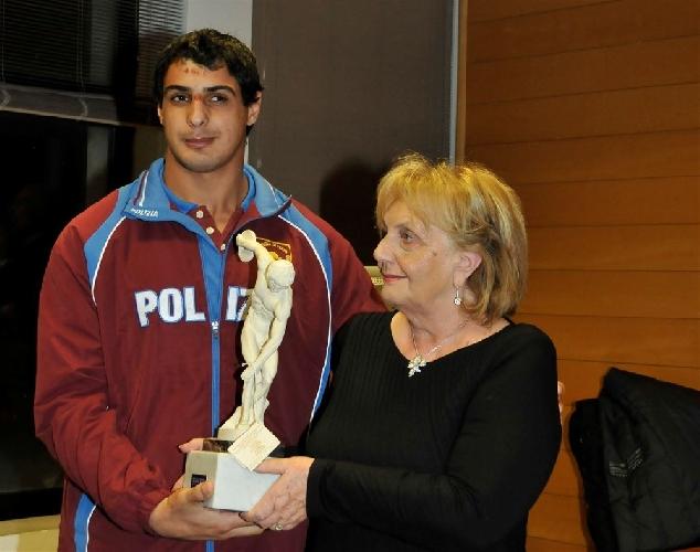 https://www.ragusanews.com//immagini_articoli/26-12-2013/trofeo-padua-premio-atleta-dellanno-a-mirko-amenta-500.jpg