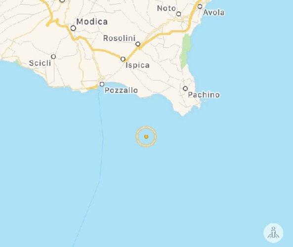 https://www.ragusanews.com//immagini_articoli/26-12-2017/terremoto-notte-mare-ragusa-500.jpg