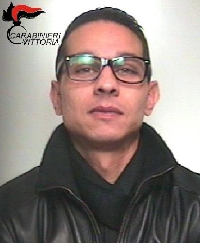 http://www.ragusanews.com//immagini_articoli/27-01-2016/arrestato-roberto-trovato-500.jpg
