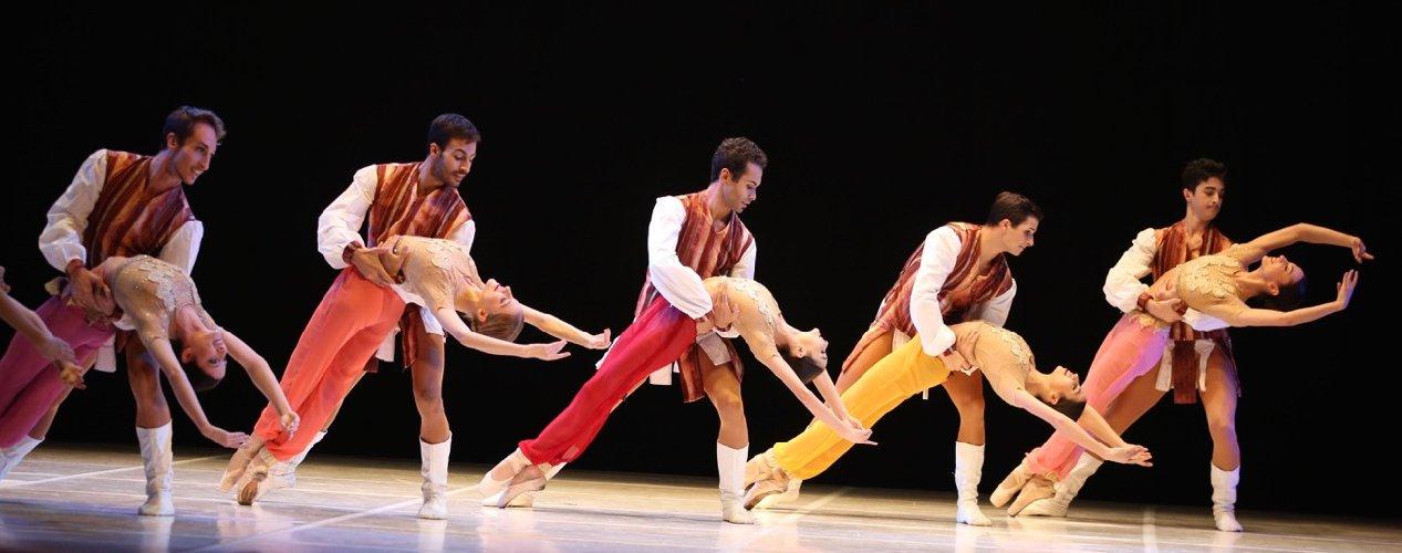 https://www.ragusanews.com//immagini_articoli/27-01-2018/sheherazade-prima-nazionale-teatro-garibaldi-modica-500.jpg