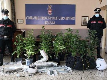 https://www.ragusanews.com//immagini_articoli/27-01-2021/la-droga-coltivata-in-famiglia-arrestati-padre-e-figlio-280.jpg