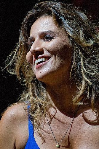 http://www.ragusanews.com//immagini_articoli/27-02-2015/chiara-civello-canto-vasco-e-me-ne-vanto-500.jpg