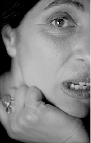 https://www.ragusanews.com//immagini_articoli/27-03-2010/lucia-sardo-e-la-madre-dei-ragazzi-500.jpg