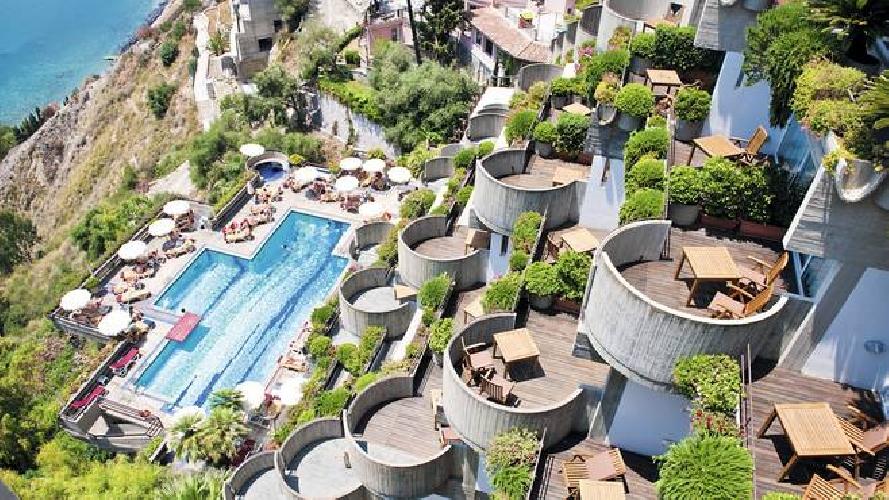 http://www.ragusanews.com//immagini_articoli/27-03-2017/gruppo-hotusa-apre-albergo-taormina-secondo-sicilia-500.jpg