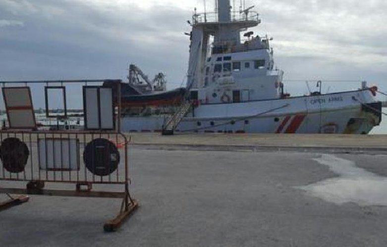 https://www.ragusanews.com//immagini_articoli/27-03-2018/nave-resta-sequestrata-atti-passano-ragusa-500.jpg