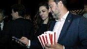 https://www.ragusanews.com//immagini_articoli/27-03-2019/ecco-la-prima-foto-di-salvini-con-la-fidanzata-francesca-verdini-100.jpg