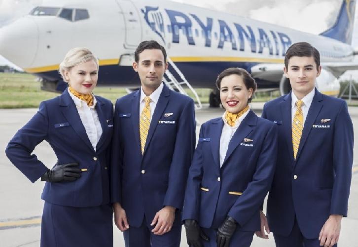 https://www.ragusanews.com//immagini_articoli/27-04-2017/ryanair-cerca-assistenti-volo-anche-sicilia-500.jpg