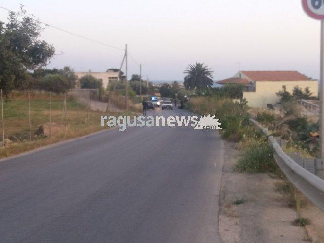 https://www.ragusanews.com//immagini_articoli/27-04-2018/incidente-cava-aliga-scicli-scontro-auto-scooter-500.jpg