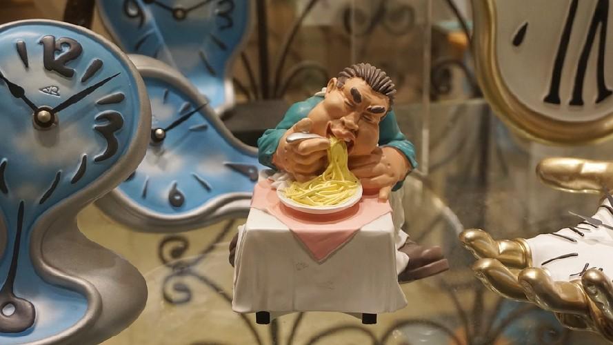 https://www.ragusanews.com//immagini_articoli/27-04-2020/l-orario-giusto-per-colazione-pranzo-e-cena-500.jpg