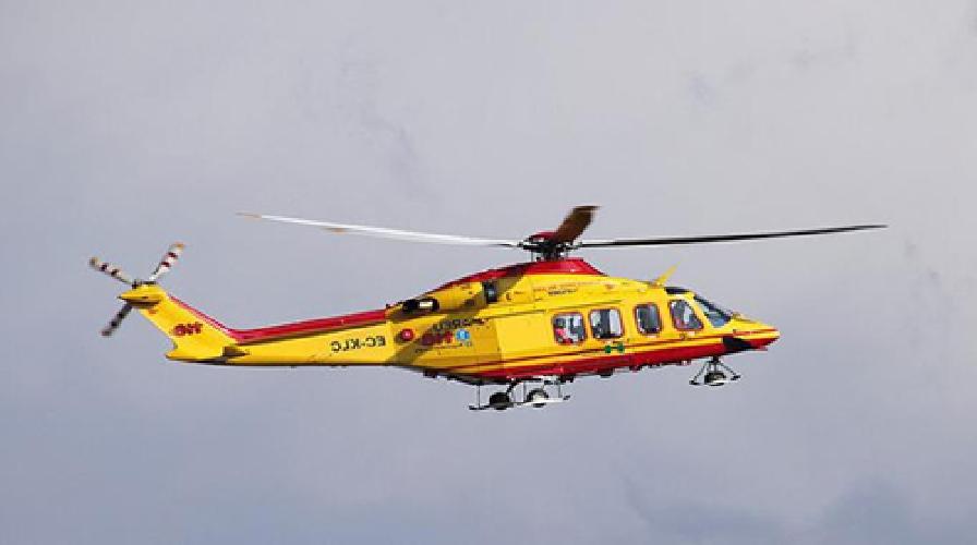 http://www.ragusanews.com//immagini_articoli/27-05-2015/vittima-di-un-incidente-elisoccorso-per-un-centauro-pozzallese-500.jpg