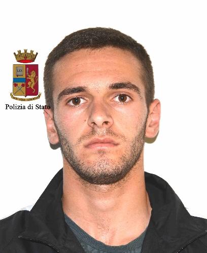 https://www.ragusanews.com//immagini_articoli/27-05-2017/fratelli-droga-arrestati-albanesi-piazza-zama-500.jpg