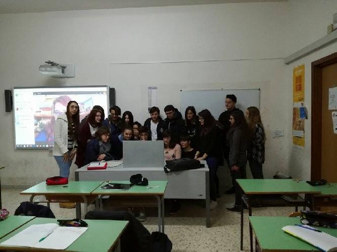 http://www.ragusanews.com//immagini_articoli/27-05-2017/studenti-galileicampailla-diventano-editori-gioco-500.jpg