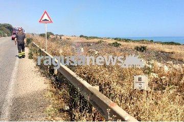 https://www.ragusanews.com//immagini_articoli/27-05-2018/tranquilli-anche-quest-anno-stato-incendio-costa-carro-240.jpg