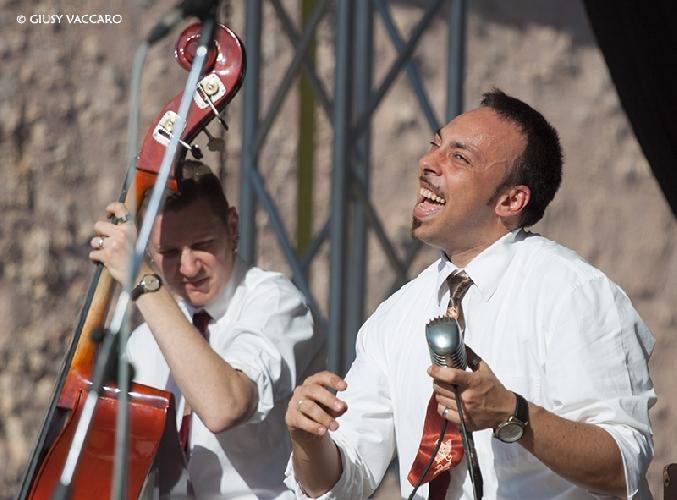 https://www.ragusanews.com//immagini_articoli/27-06-2014/domenica-27-concerto-dei-jumpin-up-500.jpg