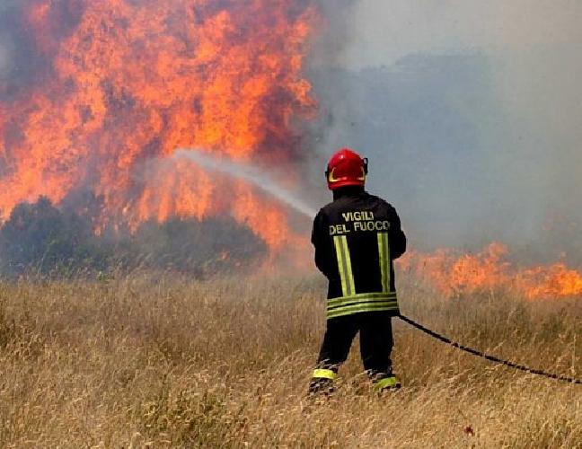 https://www.ragusanews.com//immagini_articoli/27-06-2014/falso-pompiere-e-truffatore-fa-il-portoghese-in-hotel-500.jpg